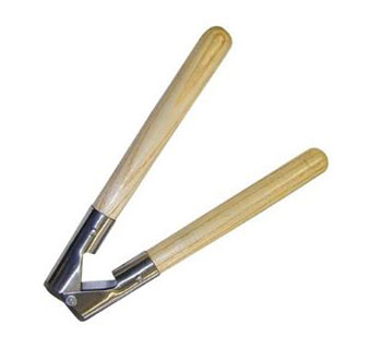BARNES STYLE DEHORNER WITH WOODEN HANDLES - 13 INCHES - EACH