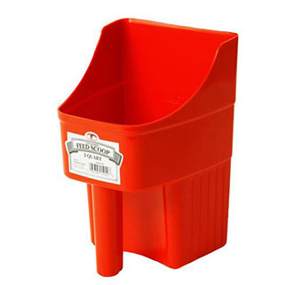 ENCLOSED PLASTIC FEED SCOOP - RED - 3 QUART - EACH