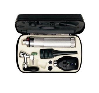 OPERATING OTOSCOPE/OPHTHALMOSCOPE KIT INCLUDES MULTIPLE ITEMS